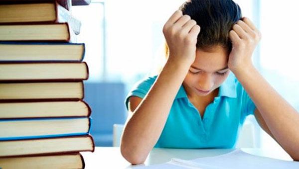 Depressão: Doença pode dificultar concentração e raciocínio, prejudicando o desempenho no trabalho e nos estudos(Thinkstock)